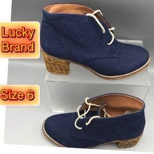 Lucky Brand Blue canvas chunky heel 6